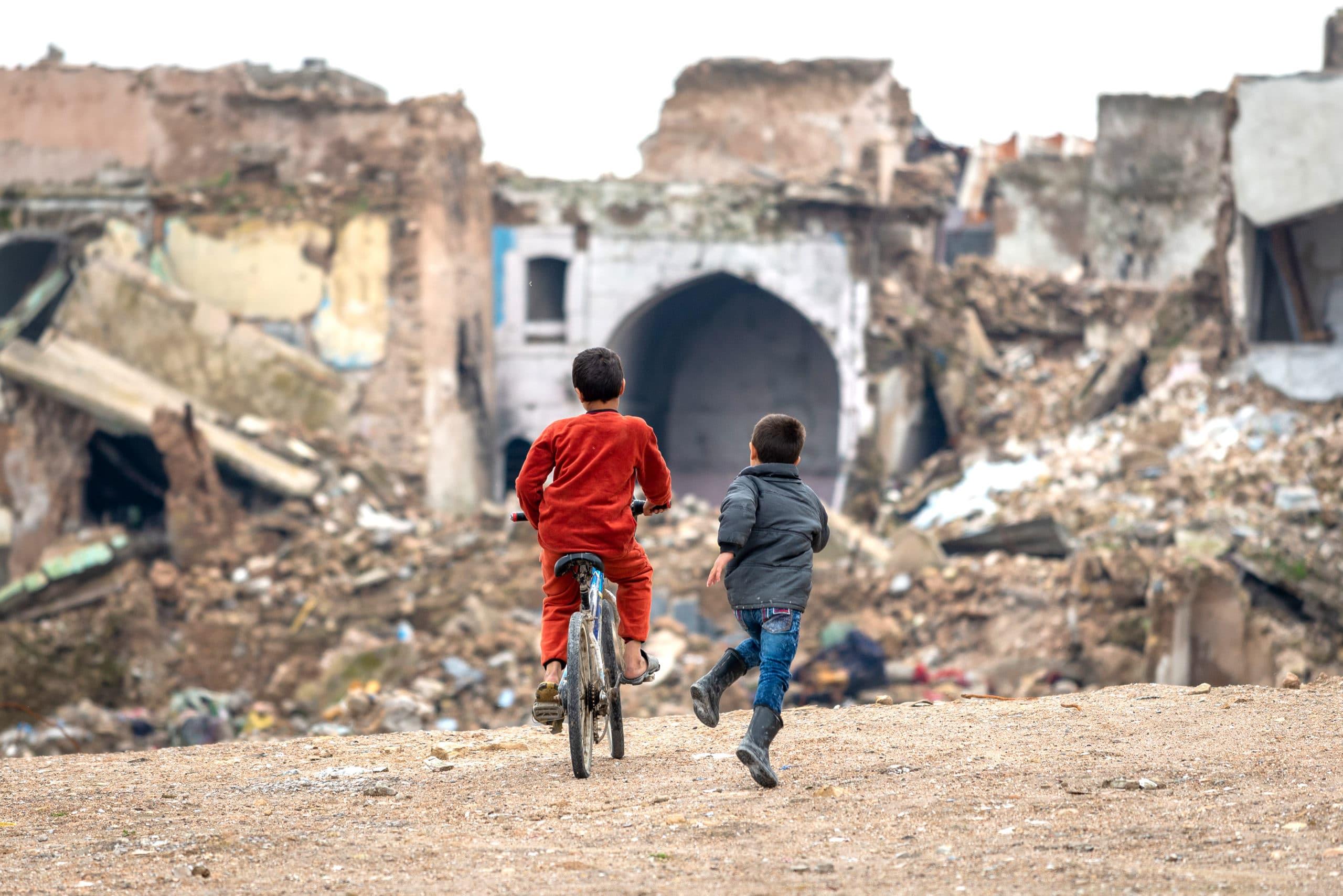 BARN I VERDEN - Barn i krig og konflikt 1