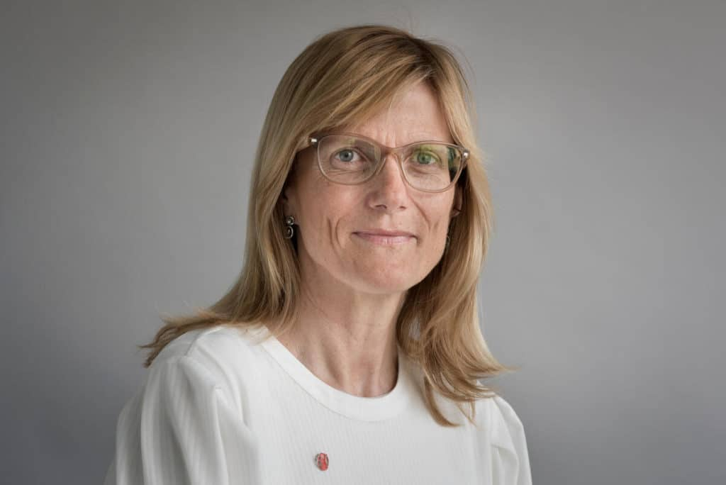 Pressebilde av Birgitte Lange, generalsekretær i Redd Barna - i forbindelse med en sak om barnetrygd.